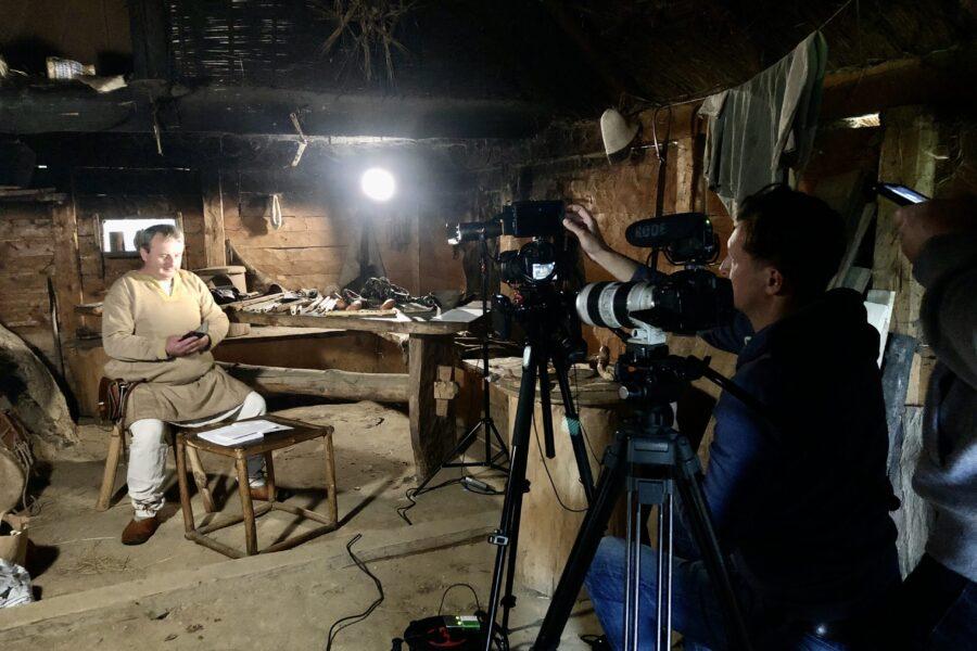 Backstage with recordings of Staszek Mazurek online episodes – Culture in the network.
